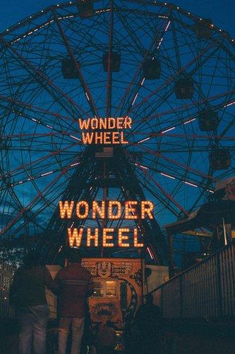 Filmplakat WONDER WHEEL - engl. OmU